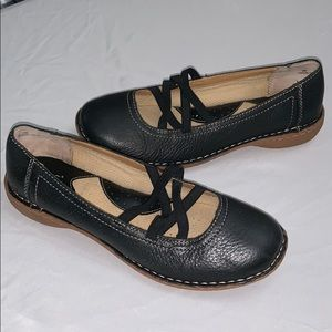 BOC Born Concepts Leather Mary Jane Style Shoes